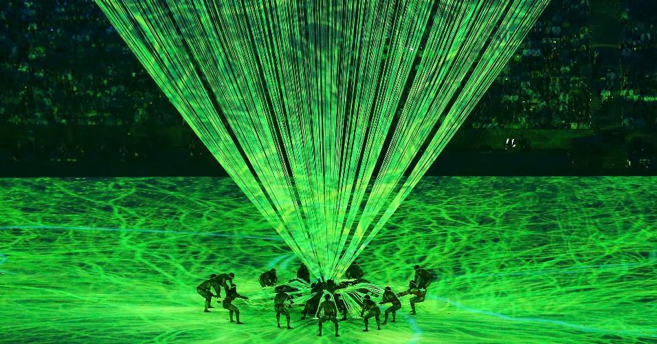 Performance durante a cerimônia de abertura dos Jogos Olímpicos do Rio de Janeiro