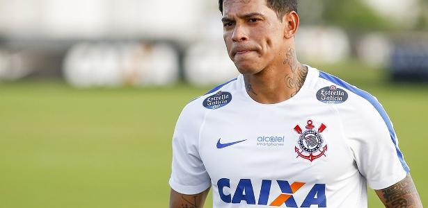 Giovanni Augusto não se firmou no Corinthians e é pretendido pelo Vasco