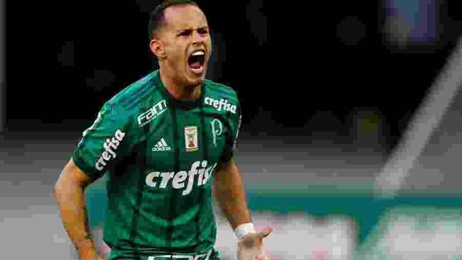 Alejandro Guerra recebe um tratamento especial para apresentar alto rendimento - false