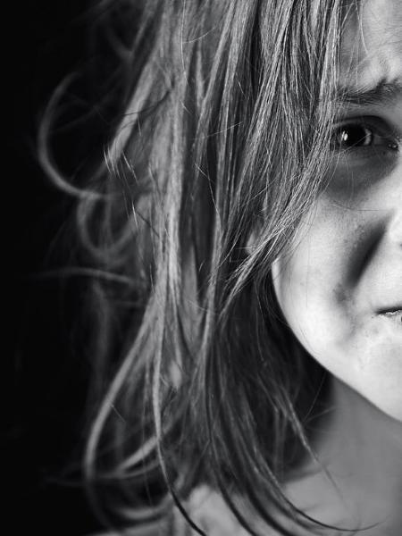Vendedora falar que sofreu abuso na infância por um tio - Reprodução