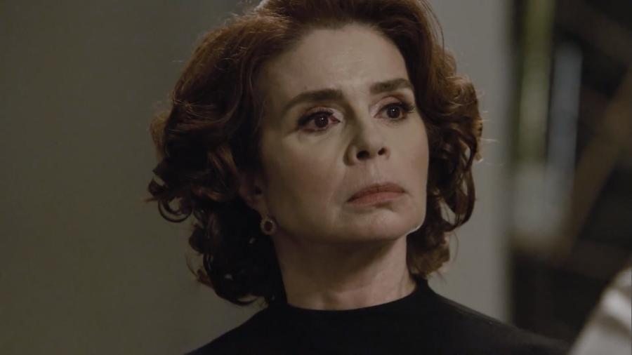 Olympia (Françoise Forton) em cena da novela Amor Sem Igual (Reprodução / Record TV) - Reprodução / Internet