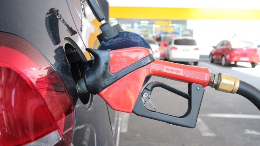 Governo encaminha ao Congresso projeto que altera a cobrança de ICMS sobre combustíveis - Por Ricardo Brito