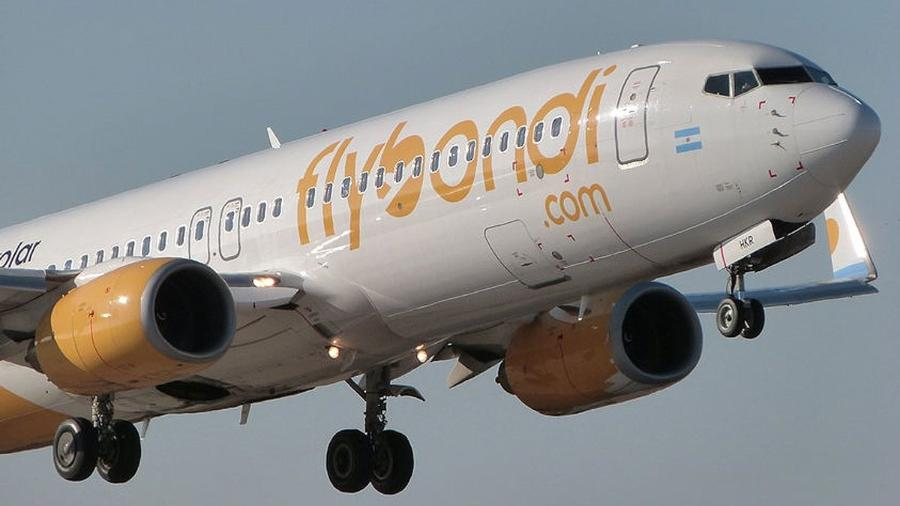 Low costs como a argentina Flybondi podem retomar voos ao Brasil em breve - Divulgação/Flybondi