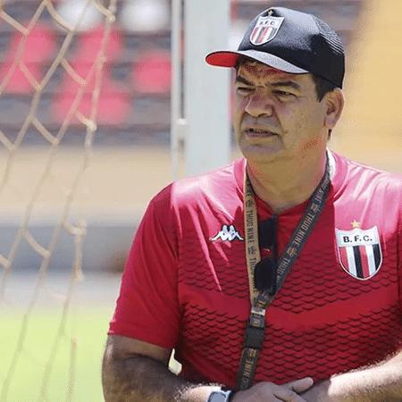Moacir Júnior, novo técnico do ABC, durante sua passagem pelo Botafogo-SP - Divulgação/ Agência Botafogo