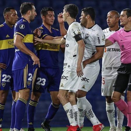 Problemas na arbitragem de Boca x Atlético-MG elevam pressão na Conmebol - GettyImages