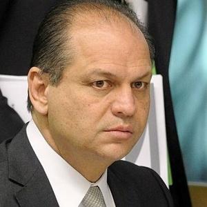 """""""Da forma como está não está funcionando"""", afirma Ricardo Barros"""