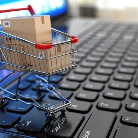 47% dos brasileiros relatam ter aumentado compras online durante a pandemia -
