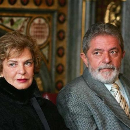 Marisa Letícia morreu em fevereiro de 2017, vítima de um AVC hemorrágico. No velório, Lula associou a morte da mulher às investigações da Lava Jato - Presidência da República