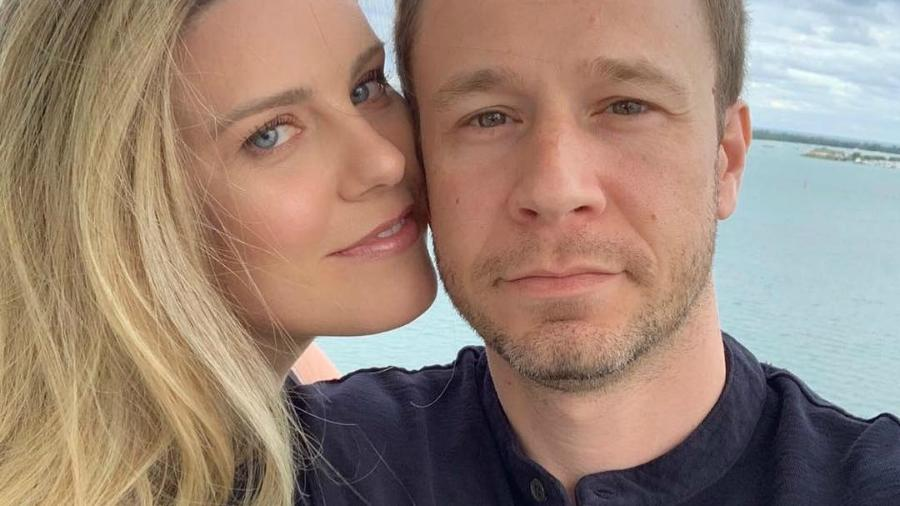 O apresentador Tiago Leifert e a mulher Daiana Garbin esperam primeira filha                        - Instagram/Reprodução