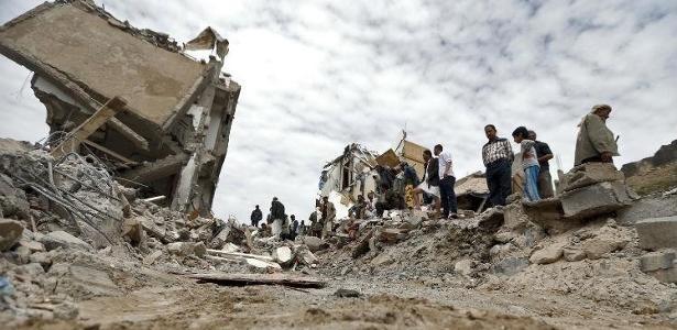 Desde março de 2015, o conflito deixou 8.400 mortos e 48.000 feridos no Iêmen