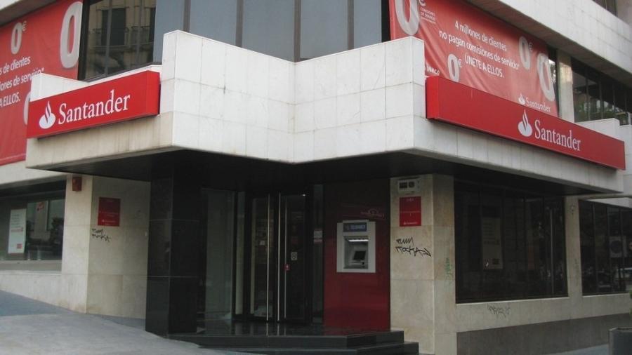 Santander deixará de dar empréstimos a empresas ligadas ao carvão em 2030 -