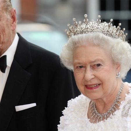 Rainha Elizabeth e Príncipe Philip durante aparição pública - Getty Images