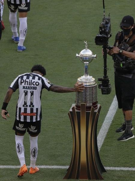 Santos perdeu a decisão da Libertadores para o  Palmeiras no último sábado (30) no estádio do Maracanã, no Rio de Janeiro.                               -                                 SILVIA IZQUIERDO/POOL/AFP