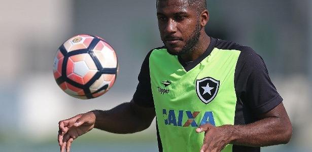 Emerson Santos, enfim, foi anunciado como novo reforço do Palmeiras para 2018