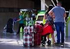 Aéreas cobram R$ 1.000 por 1 mala de 23 kg em voo internacional ida e volta