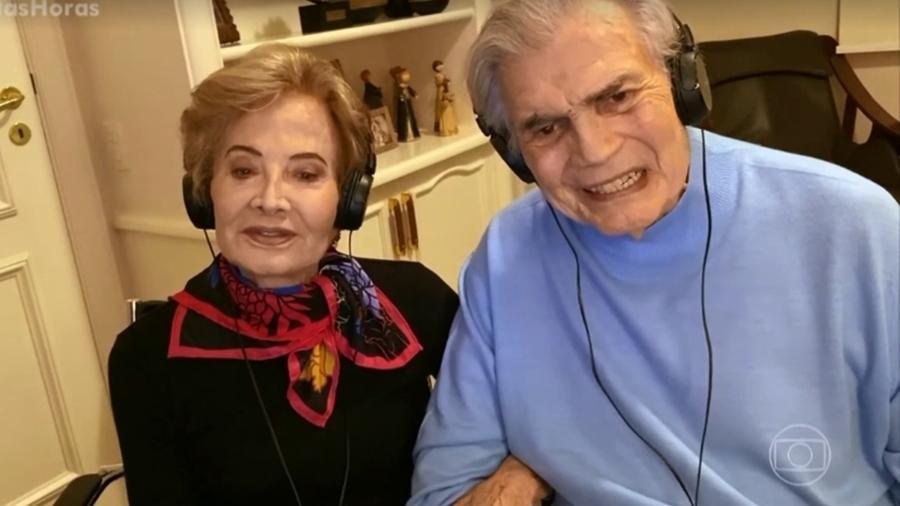 """Glória Menezes e Tarcísio Meira durante entrevista para o """"Altas Horas"""", há algumas semanas - Reprodução / Internet"""