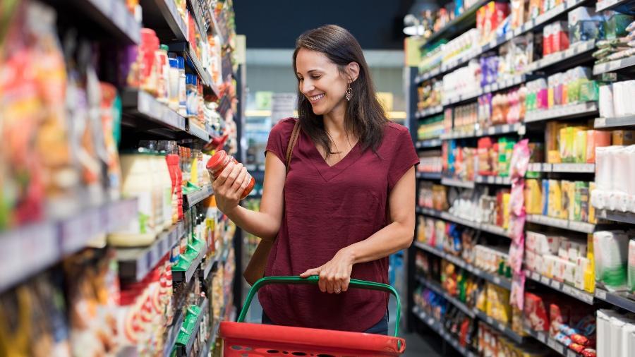 Ideia do projeto é oferecer orientação ao consumidor sobre alimentação saudável - Shutterstock