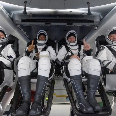 Após mais de 160 dias no espaço, astronautas da SpaceX retornam à Terra  - Reprodução/Twitter