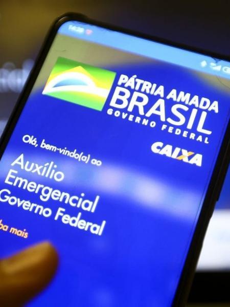 Aplicativo para acessar o auxílio emergencial disponibilizado durante a pandemia do coronavírus - Marcelo Camargo/Agência Brasil