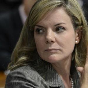 a-senadora-gleisi-hoffmann-pt-pr-candidata-ao-governo-do-parana-naquelas-eleicoes-1503946334563_v2_300x300 Janot denuncia Lula e Dilma ao STF por suspeita de organização criminosa