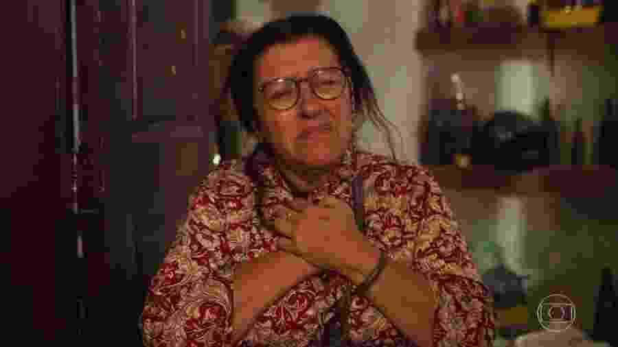 """Lurdes (Regina Casé) em cena de """"Amor de Mãe"""" - Divulgação"""