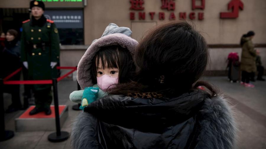 Hong Kong determina fechamento de todas as escolas para conter disseminação do coronavírus - Foto: Kevin Frayer/Getty