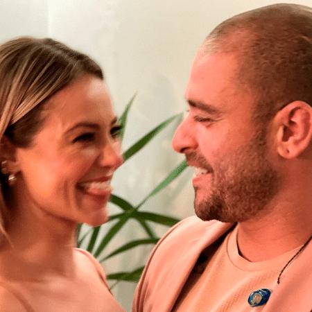 Paolla Oliveira e Diogo Nogueira assumiram namoro há uma semana - Reprodução