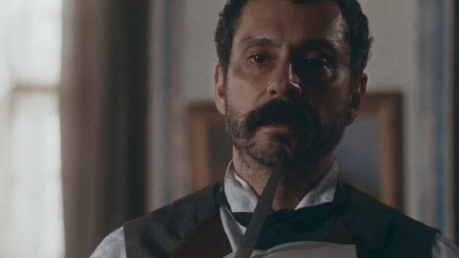 Tonico (Alexandre Nero) em Nos Tempos do Imperador (Reprodução/Globo) - Reprodução / Internet