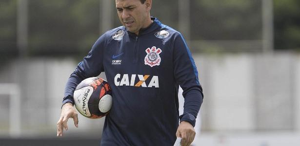 Carille ainda não definiu quem será o titular no ataque do Corinthians