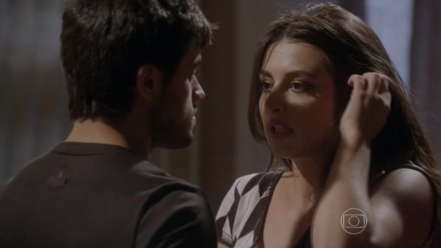 Cobra (Felipe Simas) e Jade (Anajú Dorigon) em Malhação - Sonhos (Reprodução / Globo) - Reprodução / Internet