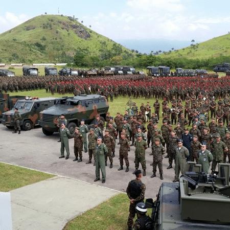 Bolsonaro demite comandantes do Exército, Marinha e Aeronáutica mas ainda não sabe quem colocar no lugar - Akemi Nitahara /Agência Brasil