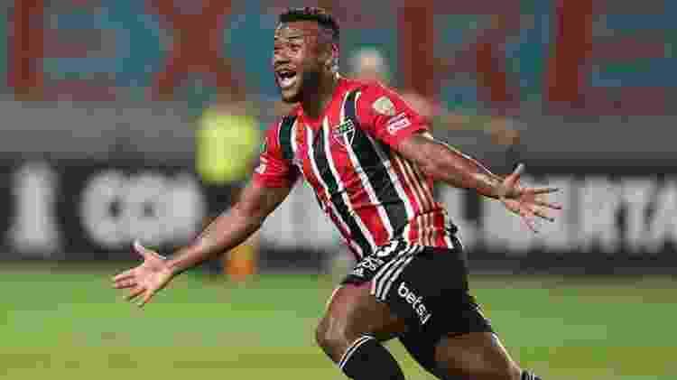 O jogador Luan, do São Paulo (Martín Mejía / POOL / AFP) - Reprodução / Internet - Reprodução / Internet