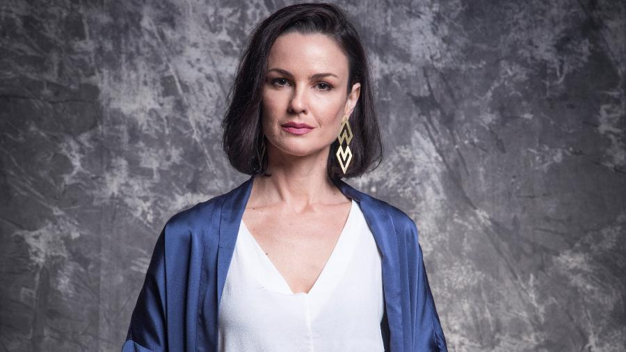 Agnes (Carolina Kasting) em Salve-se Quem Puder (Globo/João Miguel Júnior). - Globo/João Miguel Júnior