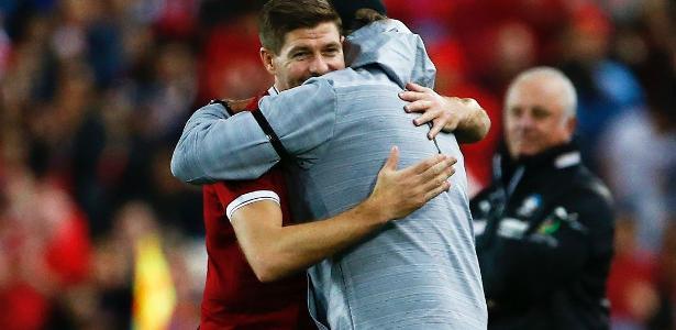 Gerrard admira o técnico Jurgen Klopp -