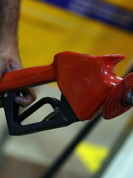 Diesel sobe pela 7ª semana seguida nos postos do Brasil - Reuteurs