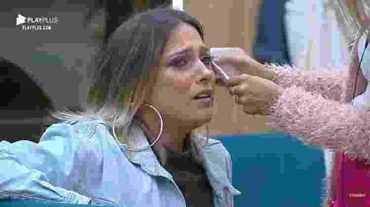 Tati Dias chorando em A Fazenda 11 (Foto: Reprodução/PlayPlus)