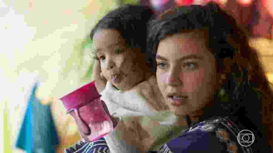 Rita (Alanis Guillen) e Nina em Malhação (Reprodução/TV Globo). - Rita (Alanis Guillen) e Nina em Malhação (Reprodução/TV Globo).