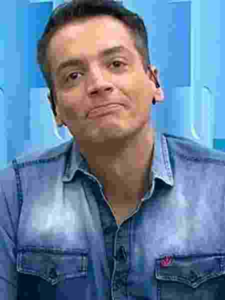 Leo Dias e Rede TV! vão convesar - Leo Dias no Fofocalizando (Reprodução/SBT).