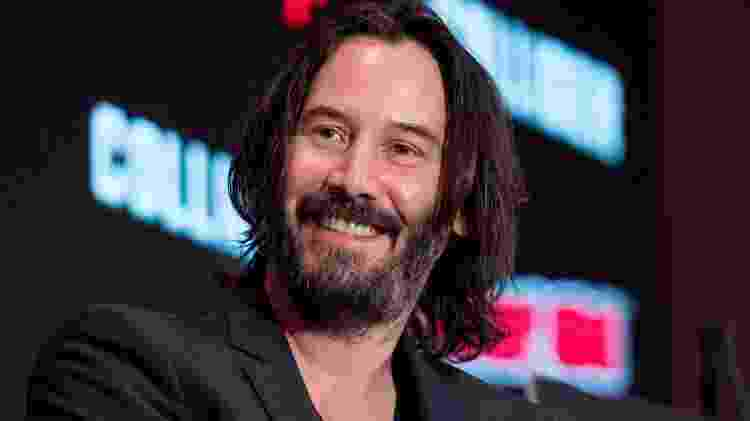 Keanu Reeves aparece irreconhecível no set de Bill & Ted 3 -  -