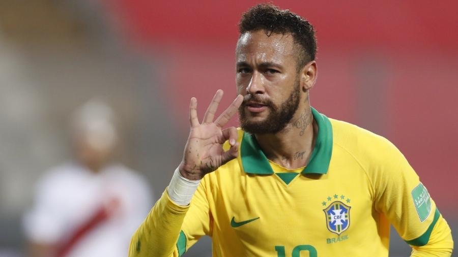 Neymar jogando pela seleção brasileira contra o Peru em partida das Eliminatórias - PAOLO AGUILAR / AFP