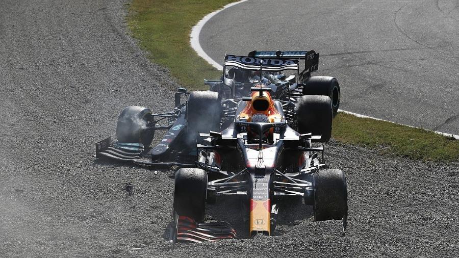 GALERIA: Veja fotos da batida entre Verstappen e Hamilton em Monza - Divulgação