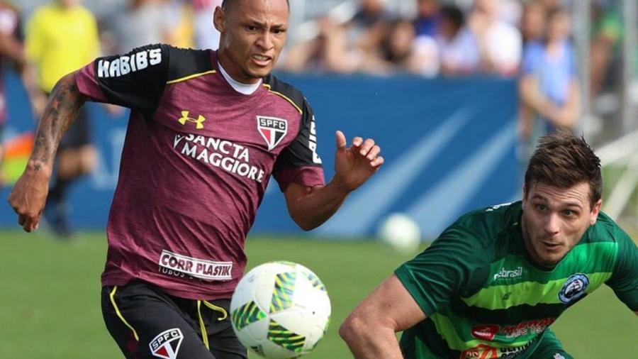 Atacante Neilton deixou o São Paulo - Rubens Chiri/saopaulofc.net