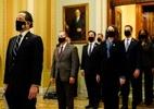 Impeachment de Trump chega pela segunda vez ao Senado com parlamentares divididos