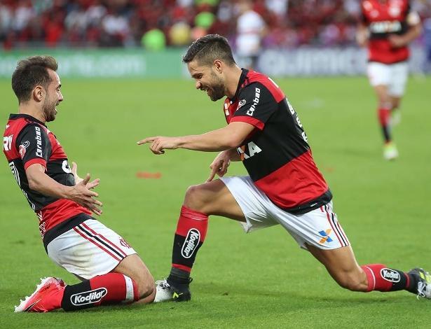 Os craques Everton Ribeiro e Diego jogarão juntos em breve no time do Flamengo