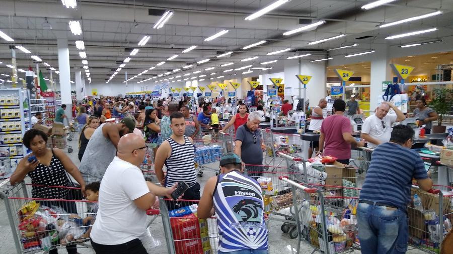 Inflação dos supermercados fica em 1,58% em novembro; no ano, alta soma 12,53% - ERBS JR./FRAMEPHOTO/FRAMEPHOTO/ESTADÃO CONTEÚDO