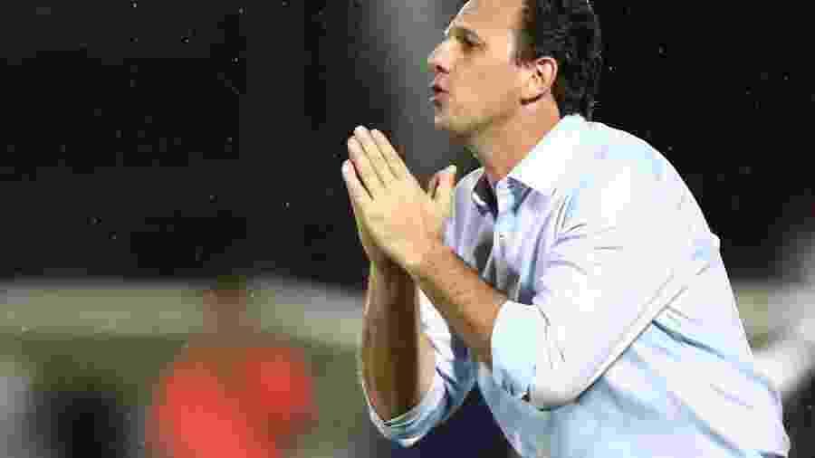 Ceni está na Europa para concluir os estudos como treinador - Wilton Júnior/Estadão Conteúdo