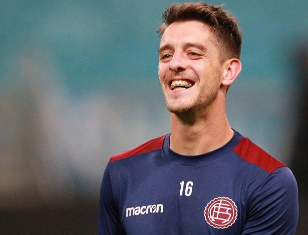Alejandro Silva foi oferecido ao Internacional, que avalia investida para temporada 2018