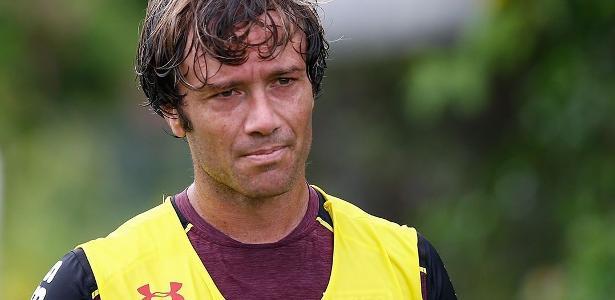 Lugano treinou entre os reservas do São Paulo