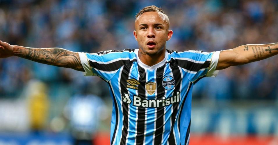 Estrela do Grêmio vira sensação do futebol europeu que pode arrematá ... 8f0931a0f0ea8
