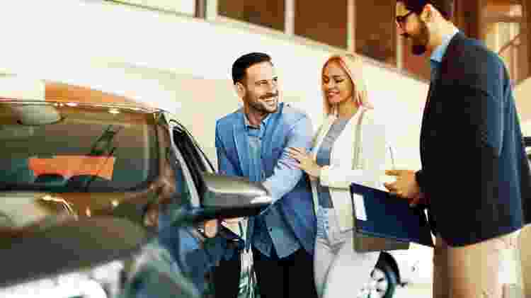 Comprar carro pouquíssimo rodado pode não ser uma opção interessante - Shutterstock - Shutterstock